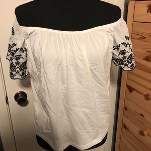 Off shoulder embroidered floral sleeve blouse